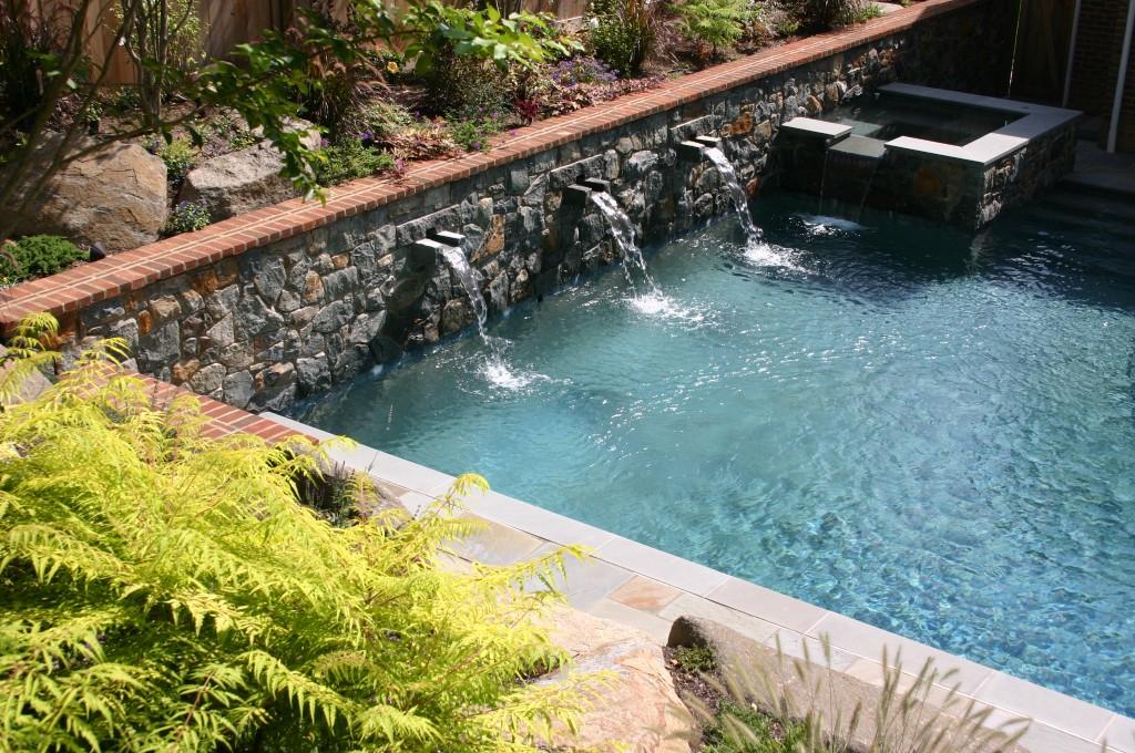06-pool-web2