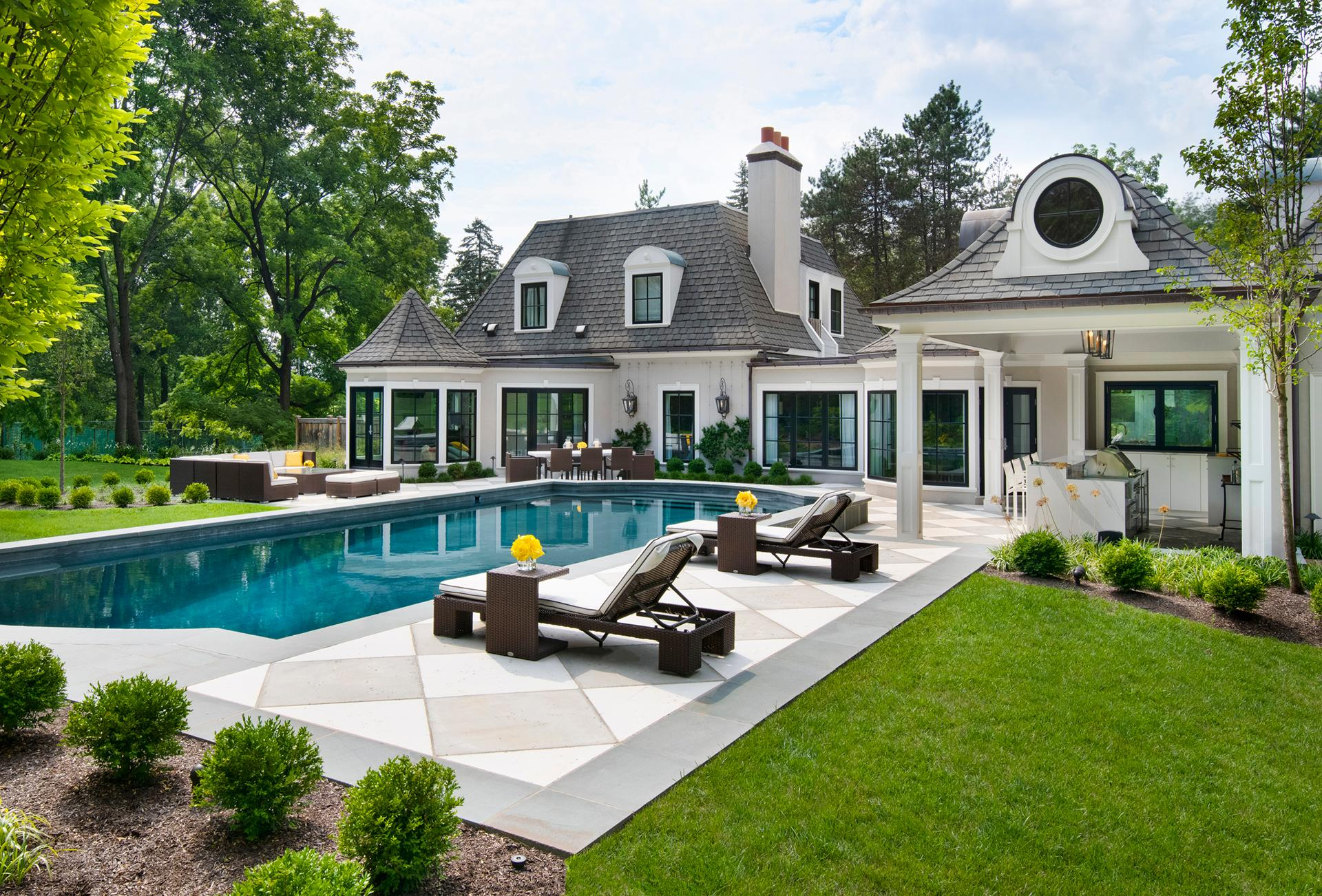 italian-villa-contemporary-pool-custom-villanova-pa