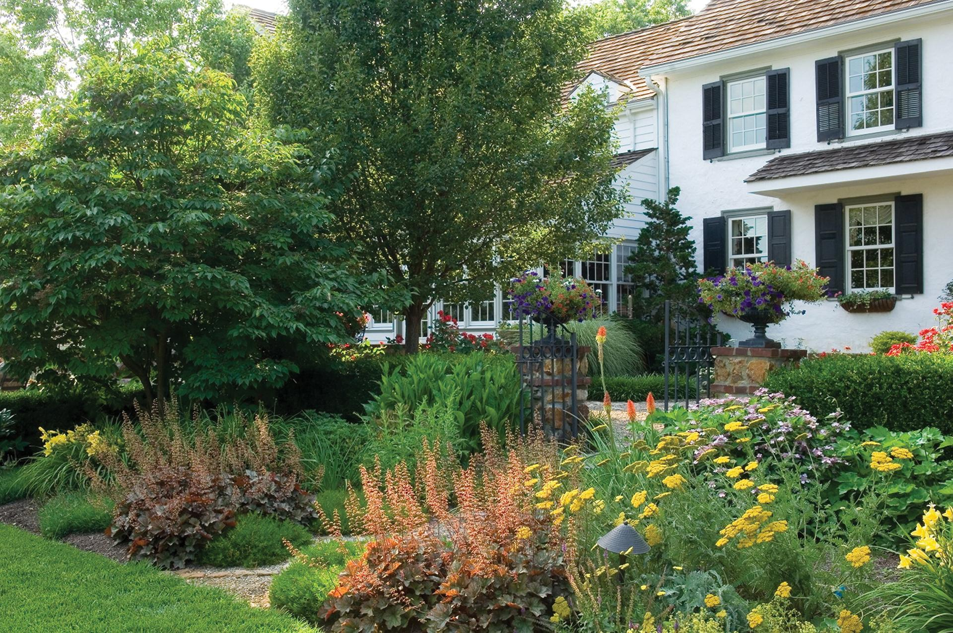 garden-design-perennial-garden-colorful-bright