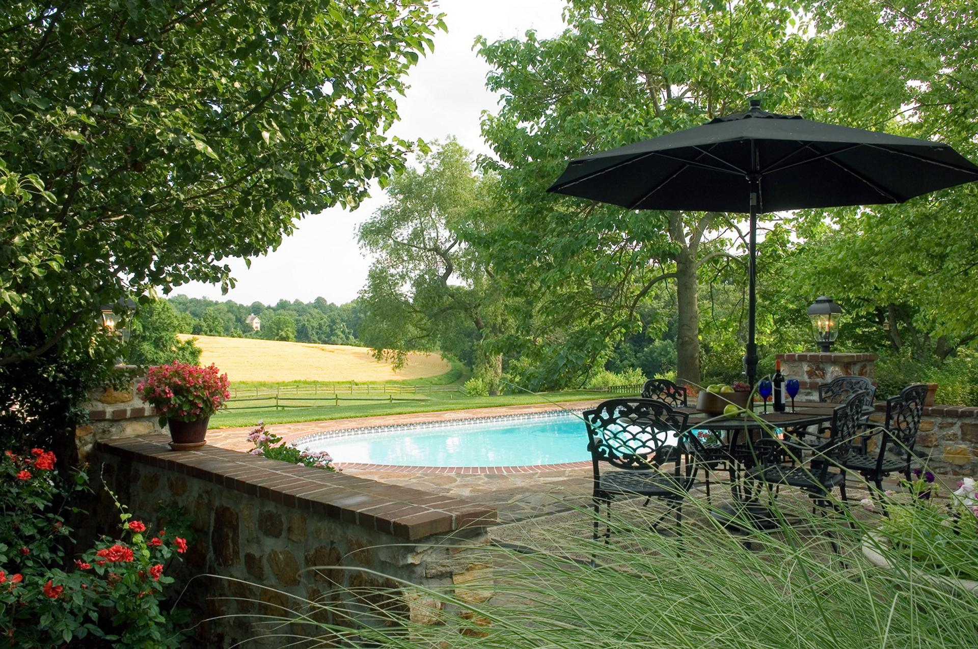 farmhouse-living-quiet-serene-pool-setting-chester-county-pa
