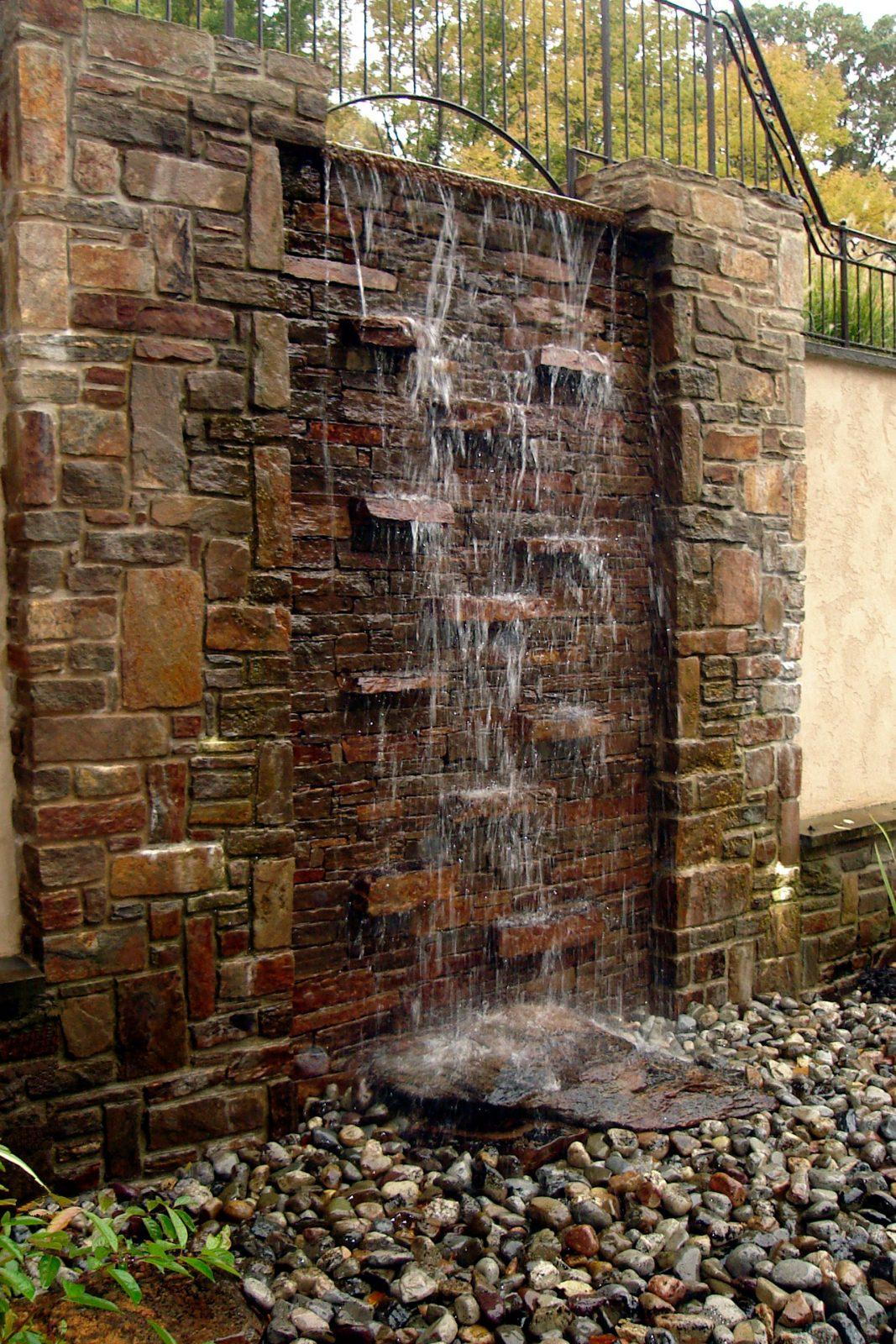water-feature-fountain-wall-stone-wall-water-wall-chester-springs-pa