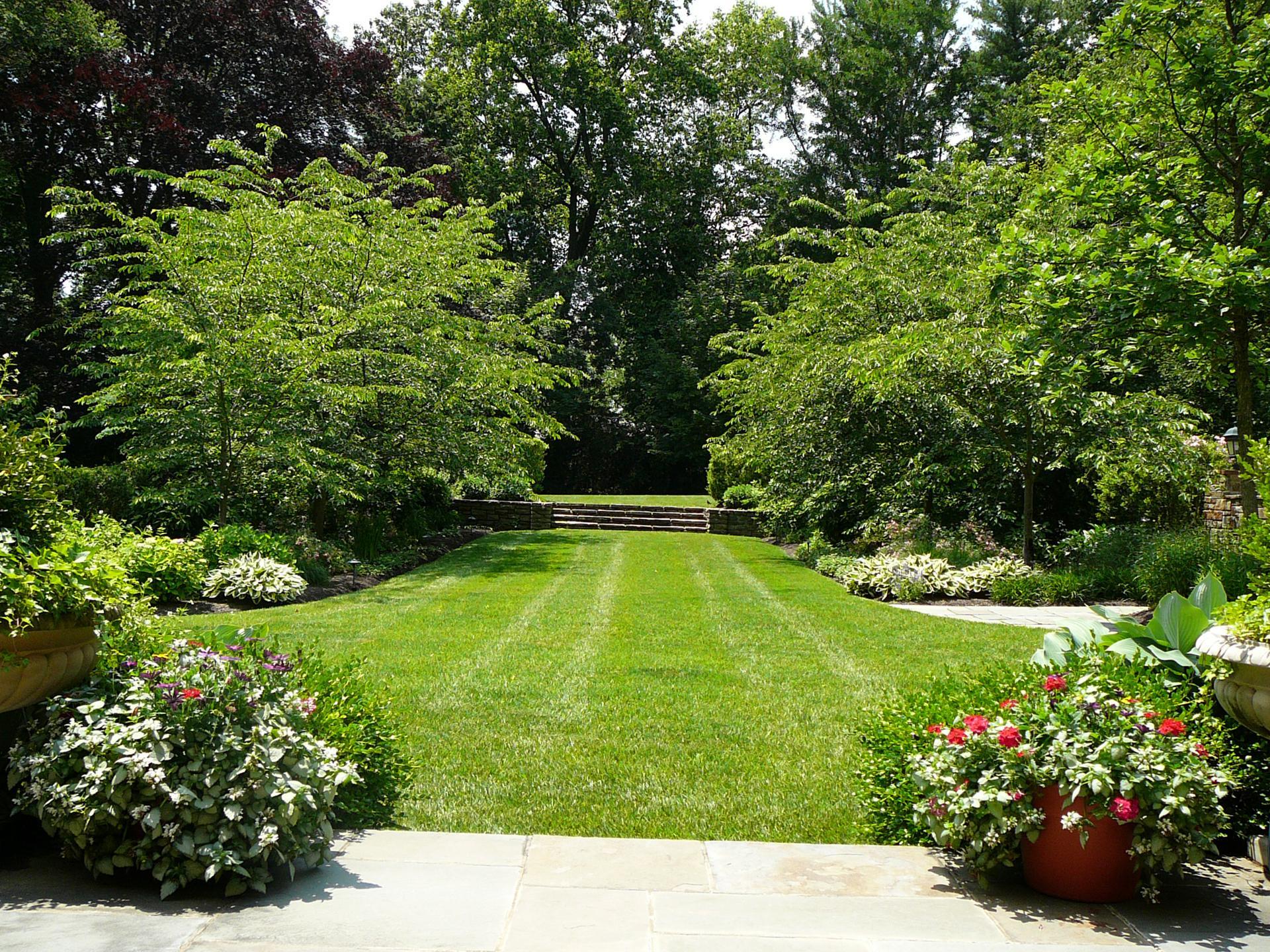 landscape steps-foral garden