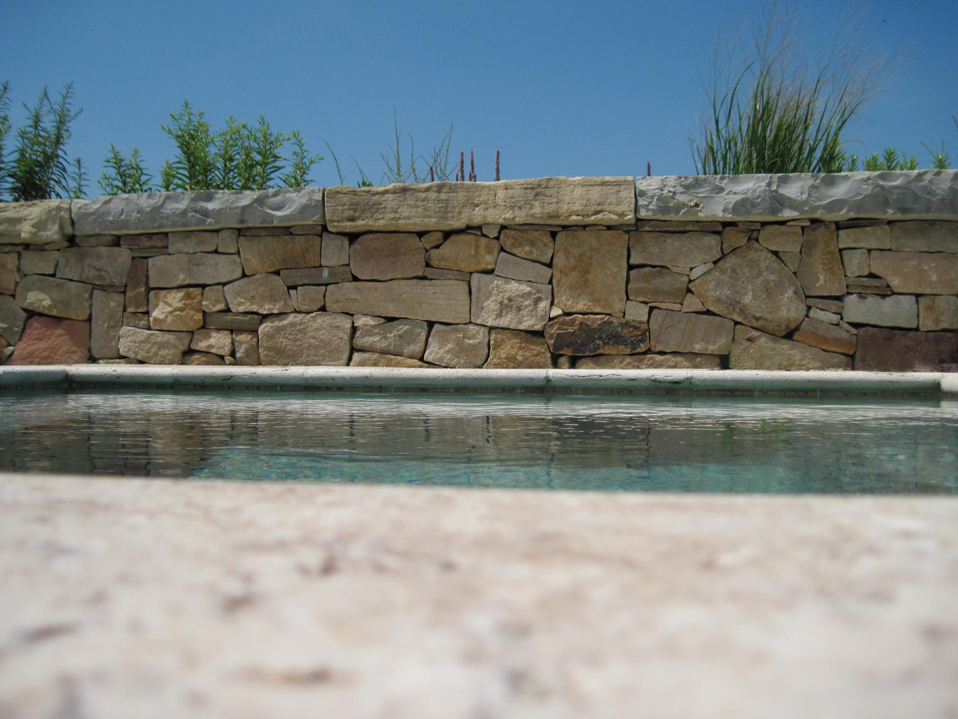 stone-wall-paving-design-custom-pool-beach-living-nj