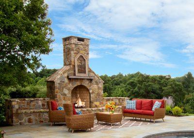 Custom-Fit Outdoor Rooms