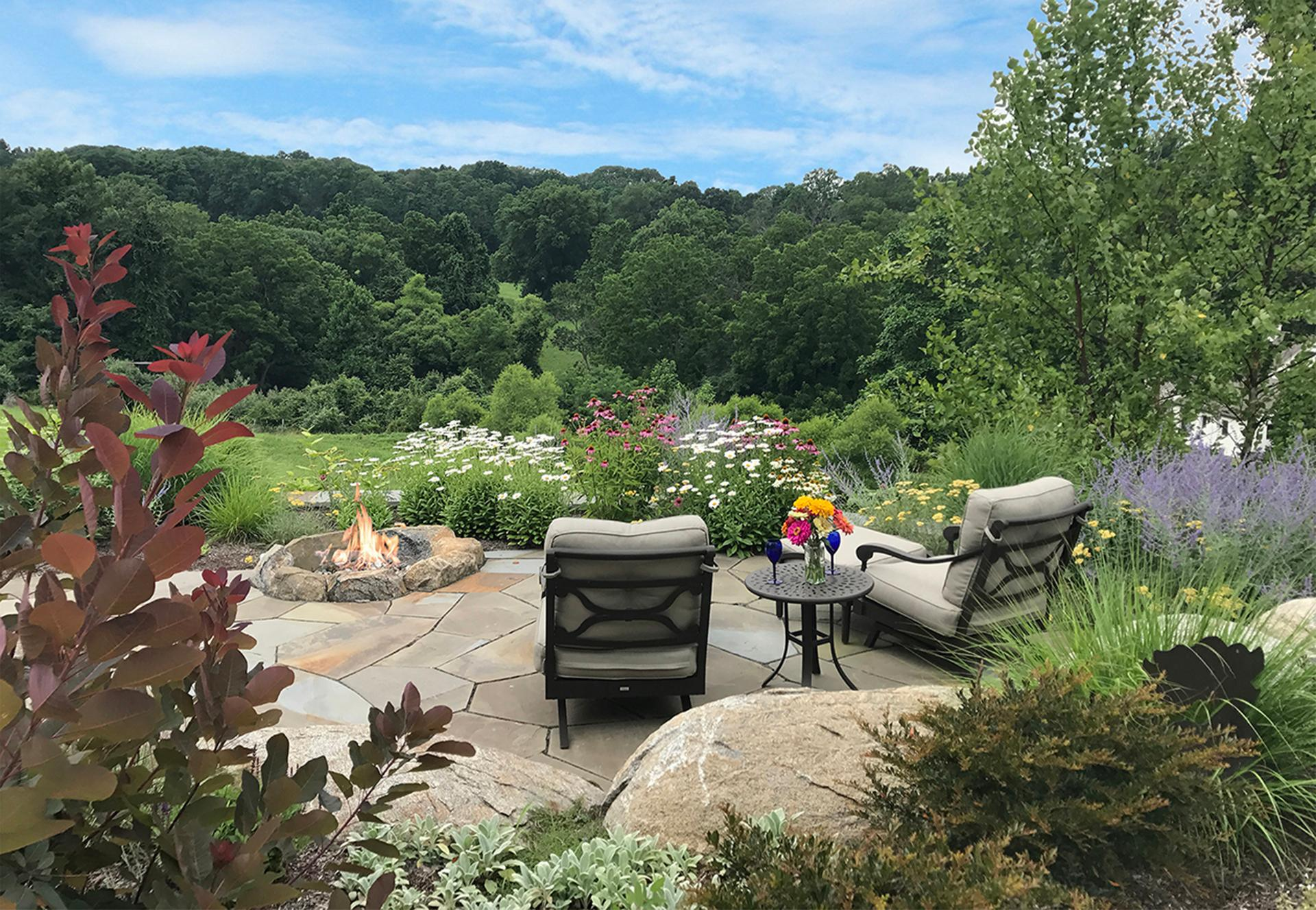 outdor-firepit-stone-patio-design-chester-county-pa