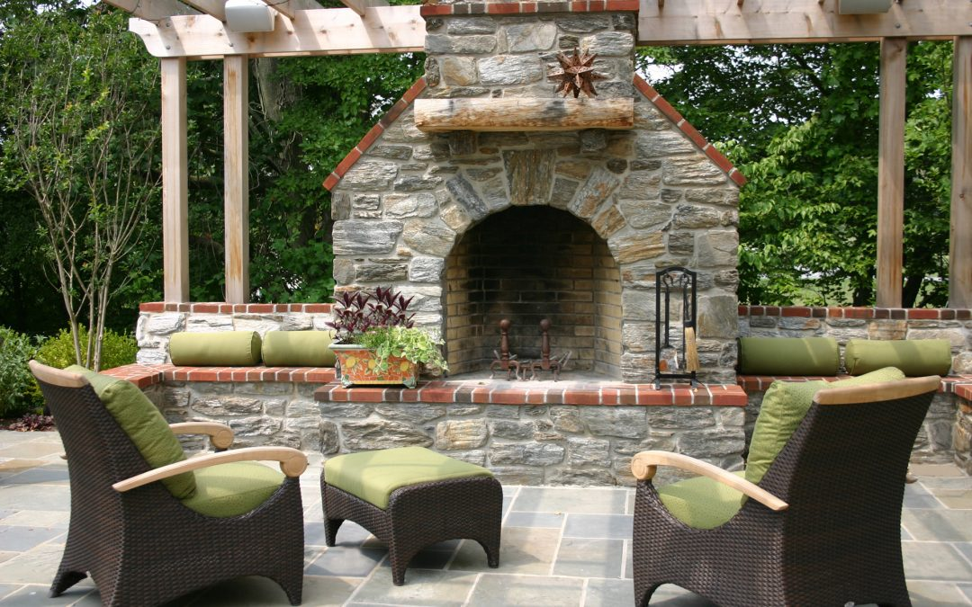 Designing Outdoor Fireplaces Wallace