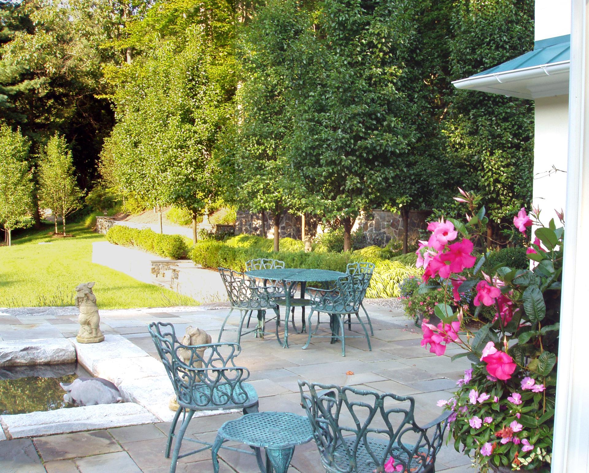 stone-patio-garden-design-west-chester-pa